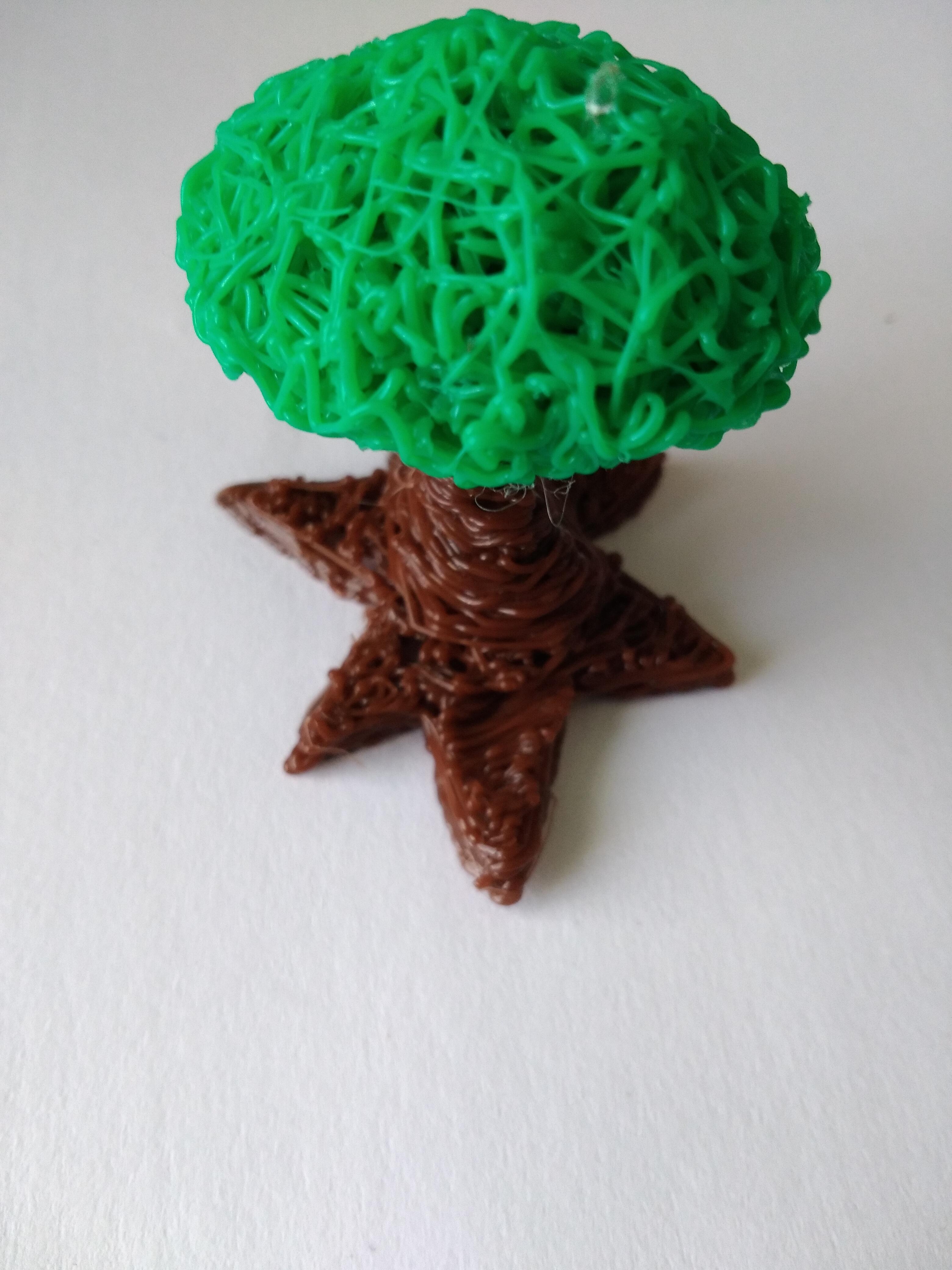 Modello di Albero realizzato con la Penna 3D Kentstrapper