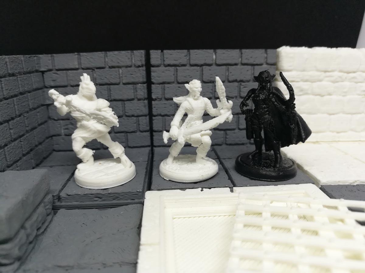 kentstrapper-stampanti-3d-professionali-made-in-italy-zero-verve-mavis-aura-roma-firenze-milano-stampa-3d-miniature-gioco-scatola-2